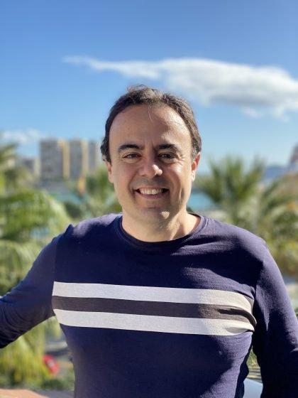 DAMIÁN GARRIDO