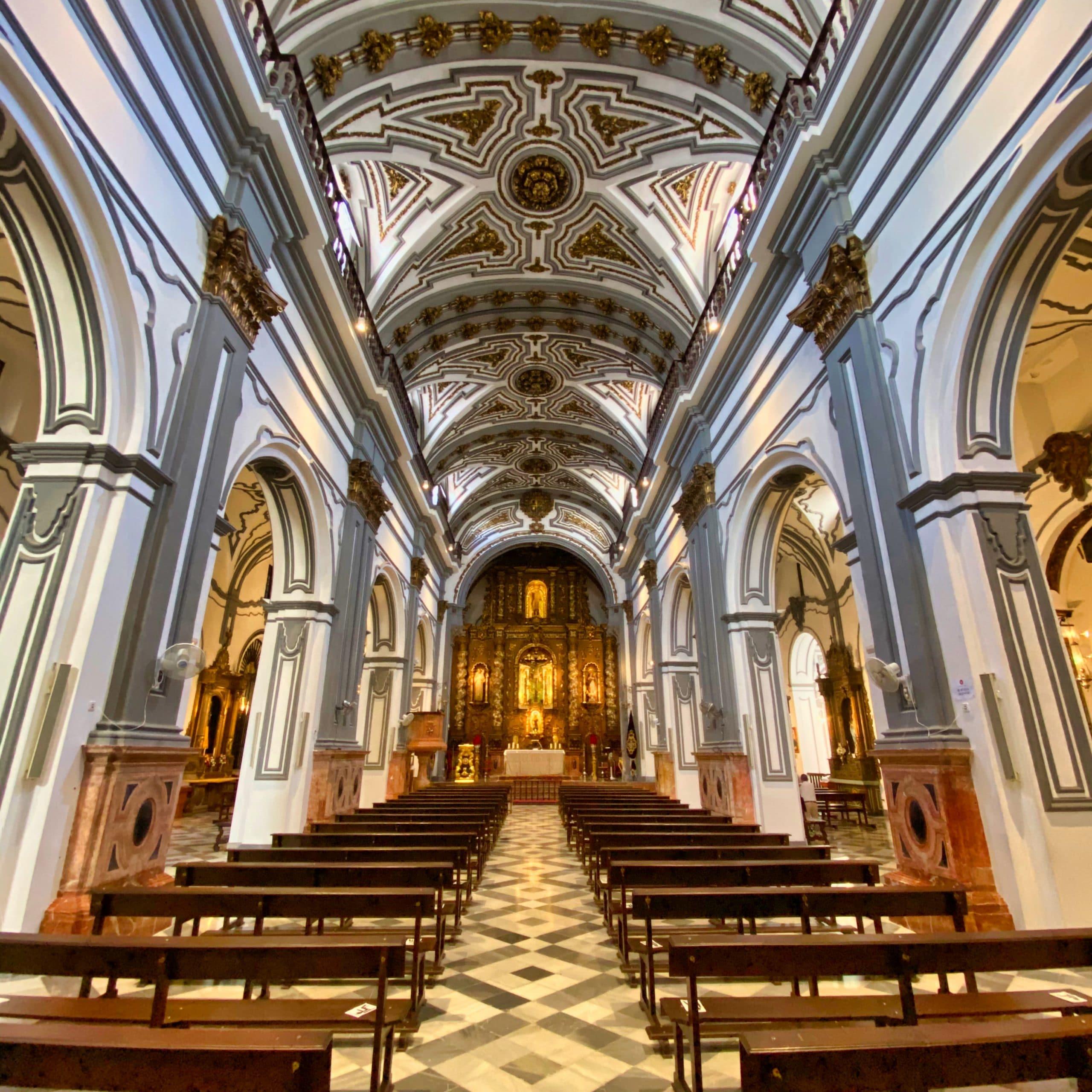 Interior Iglesia de San Juan